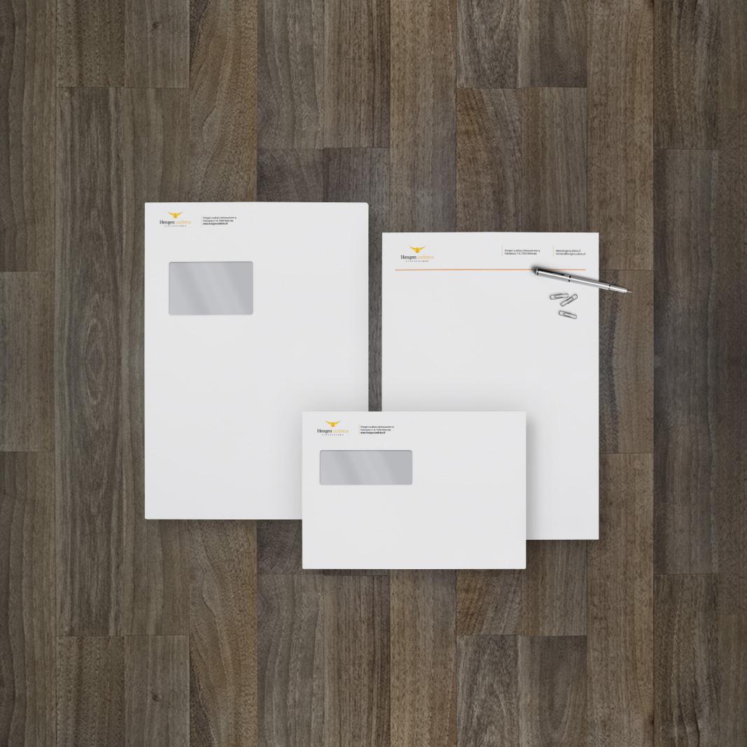 Kirjekuoripohjien sekä lomakepohjan suunnittelu.