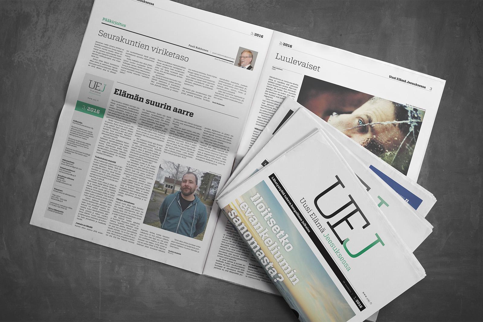 UEJ-lehden mallisivuja sekä etukantta.